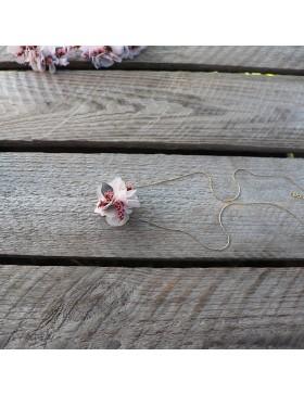 Collier-de-dos-en-fleurs-pauline