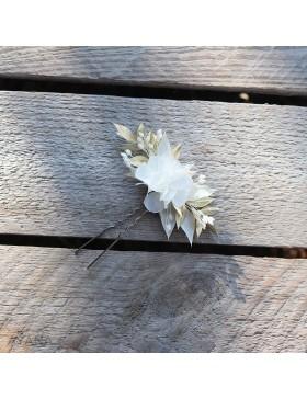 Epingle Gwenaelle en fleurs stabilisees